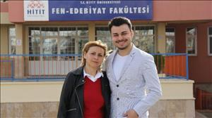 """Fakültemiz Öğrencilerinden Songül Eltiş'in Hikayesi Ulusal Basında: """"27 yıl sonra çocuğuyla aynı üniversitede"""""""