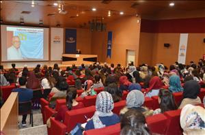 """HİTÜ'de """"Kırım'ın Hüzünlü Kalemi: Cengiz Dağcı"""" Konferansı Düzenlendi"""