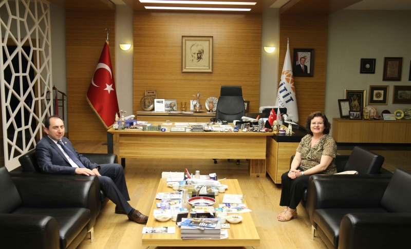 İstanbul Kültür Üniversitesi Rektörü Prof. Dr. S. Semahat Demir'den Rektörümüze Ziyaret