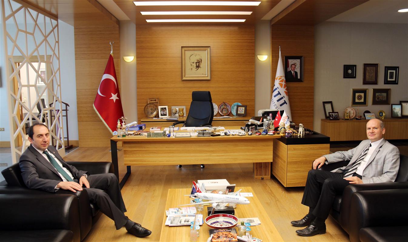 Türk Telekom Çorum İl Müdüründen Rektörümüze Ziyaret