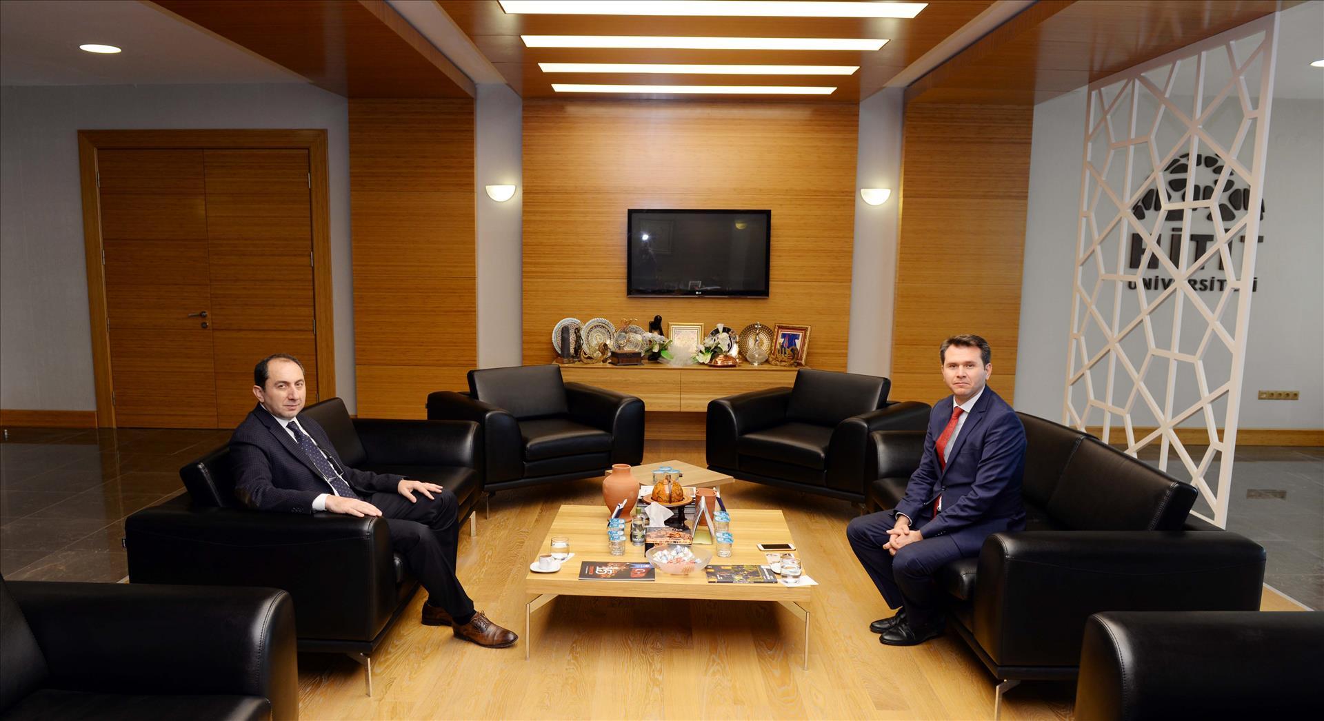 Boğazkale Kaymakamı Osman Aydoğan Rektörümüzü Ziyaret Etti