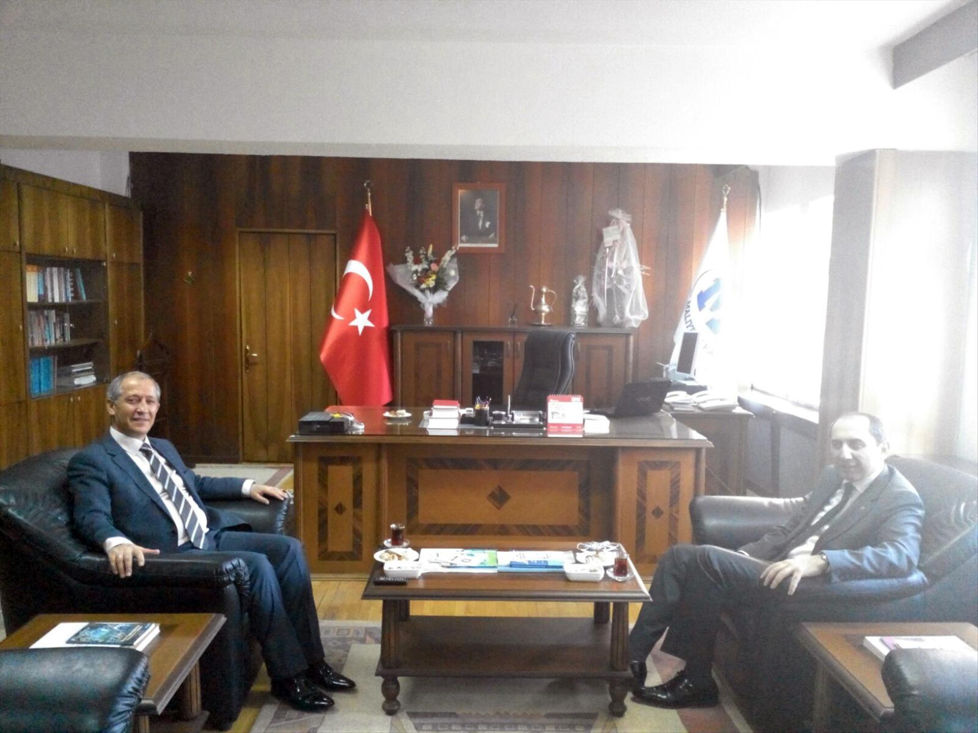 Rektörümüz Çorum Defterdarı Ali Sormaz'ı Ziyaret Etti