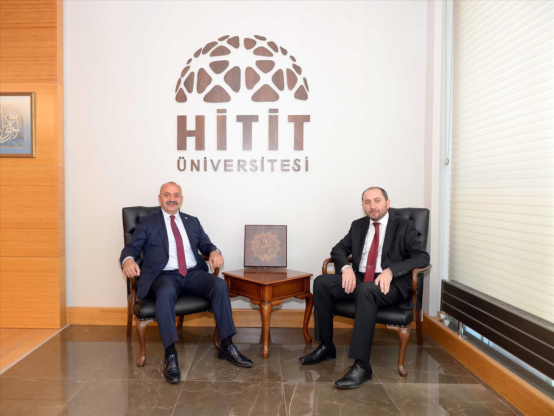 Ortaköy Belediye Başkanı Rektörümüzü Ziyaret Etti
