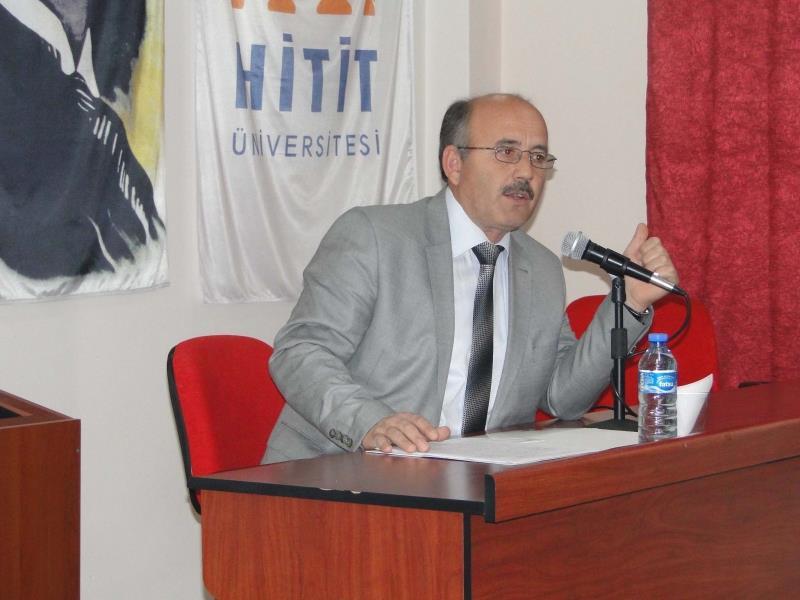 Meslek Yüksekokulumuzda Ahilik ve Vakıflar Konulu Konferans Verildi