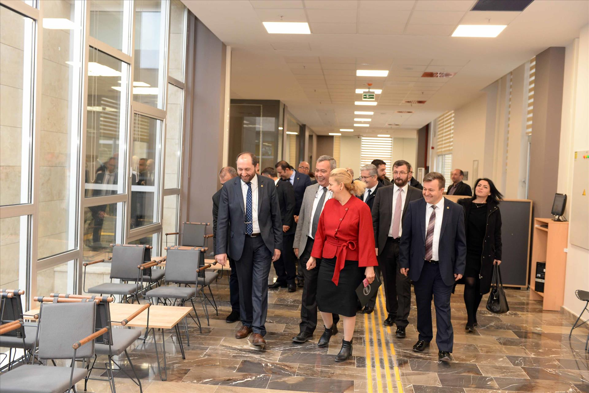 Kütüphanemiz Sosyal Yaşam ve Kültür Merkezi'nde Hizmet Vermeye Başladı