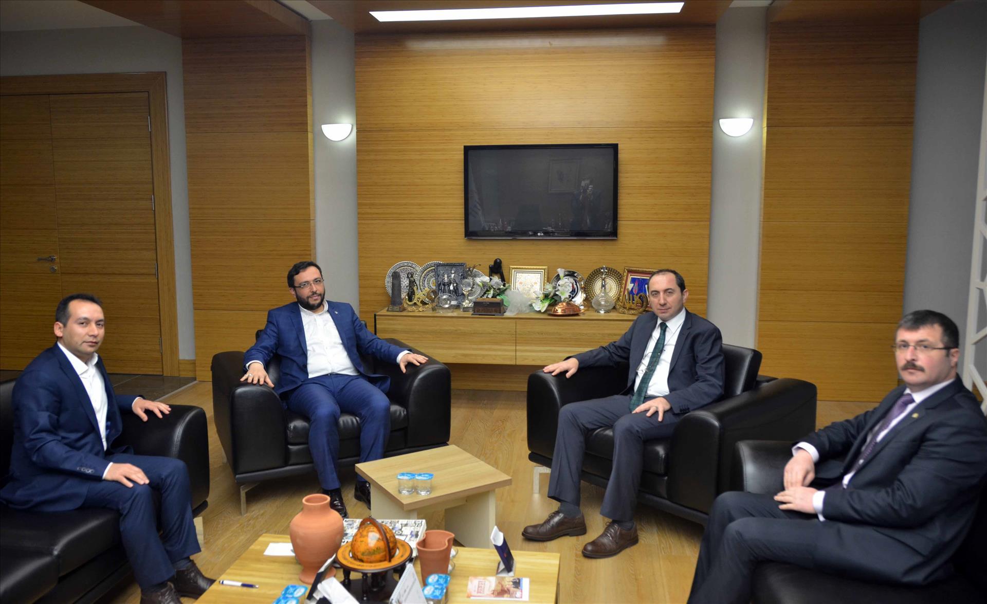 Ak Parti İskilip İlçe Başkanı Lek ve Atıf-Der Başkanı Bıyık'tan Rektörümüze Ziyaret