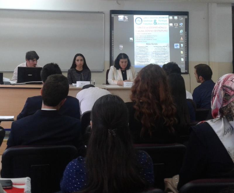 Öğrencilerimiz Türk Dili Edebiyatı Sempozyumunda