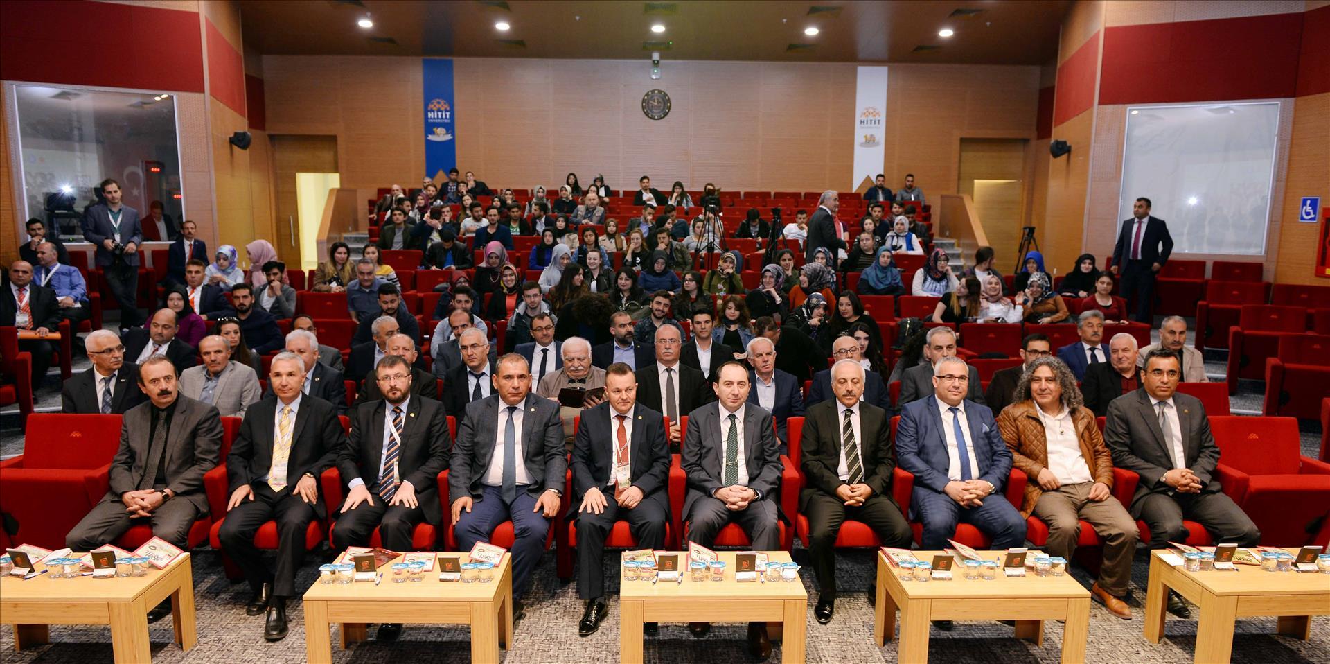 """Üniversitemizde """"Tarihte İz Bırakanlar: Doğumunun 220. Yılında Şeyh Şamil ve Kafkasya"""" Sempozyumu Düzenlendi"""