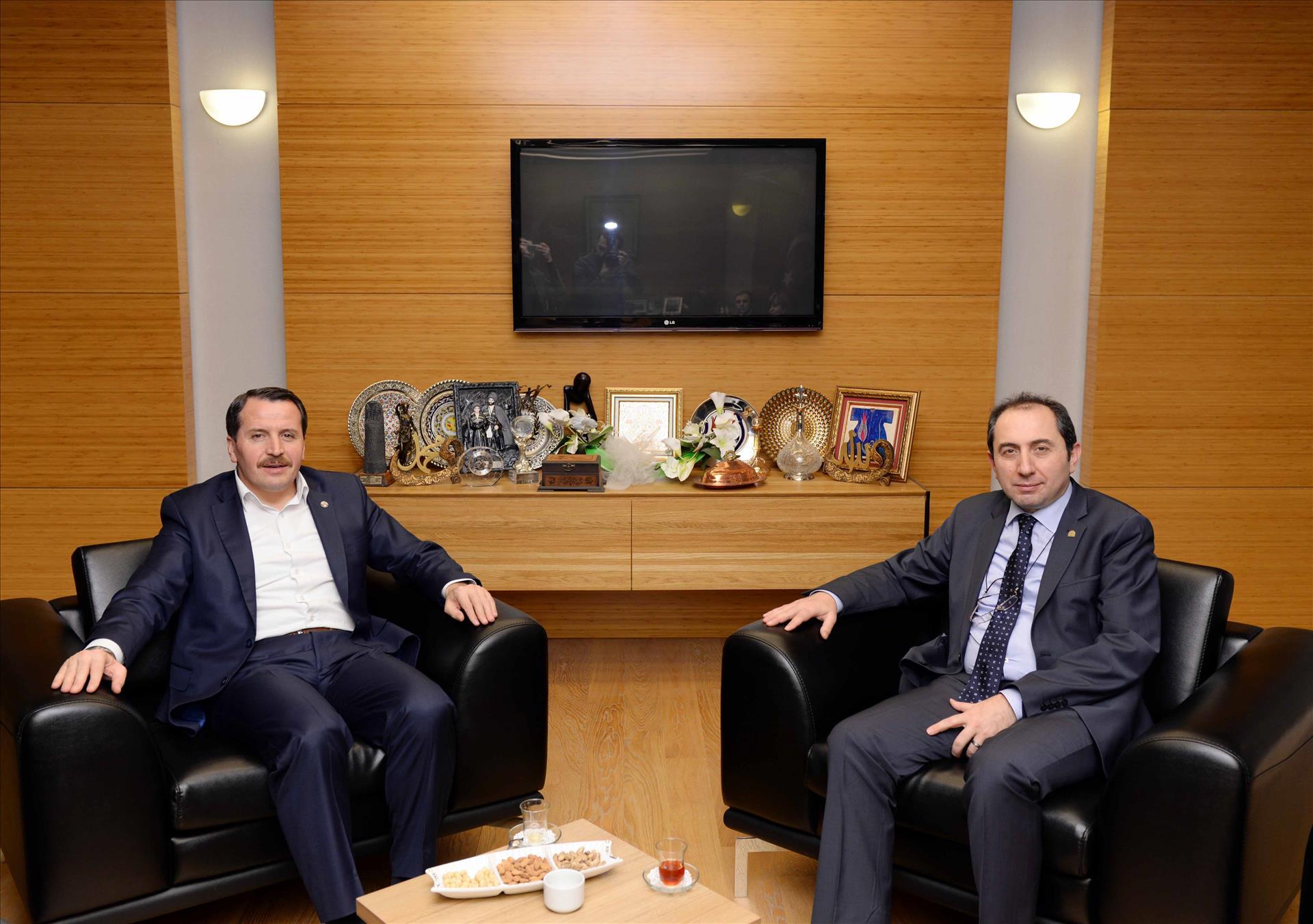 Memur Sen Genel Başkanı Yalçın'dan Rektörümüze Ziyaret