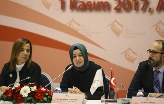 HÜKAM, Kadın Sorunları Araştırma ve Uygulama Merkezleri İstişare Toplantısına Katıldı