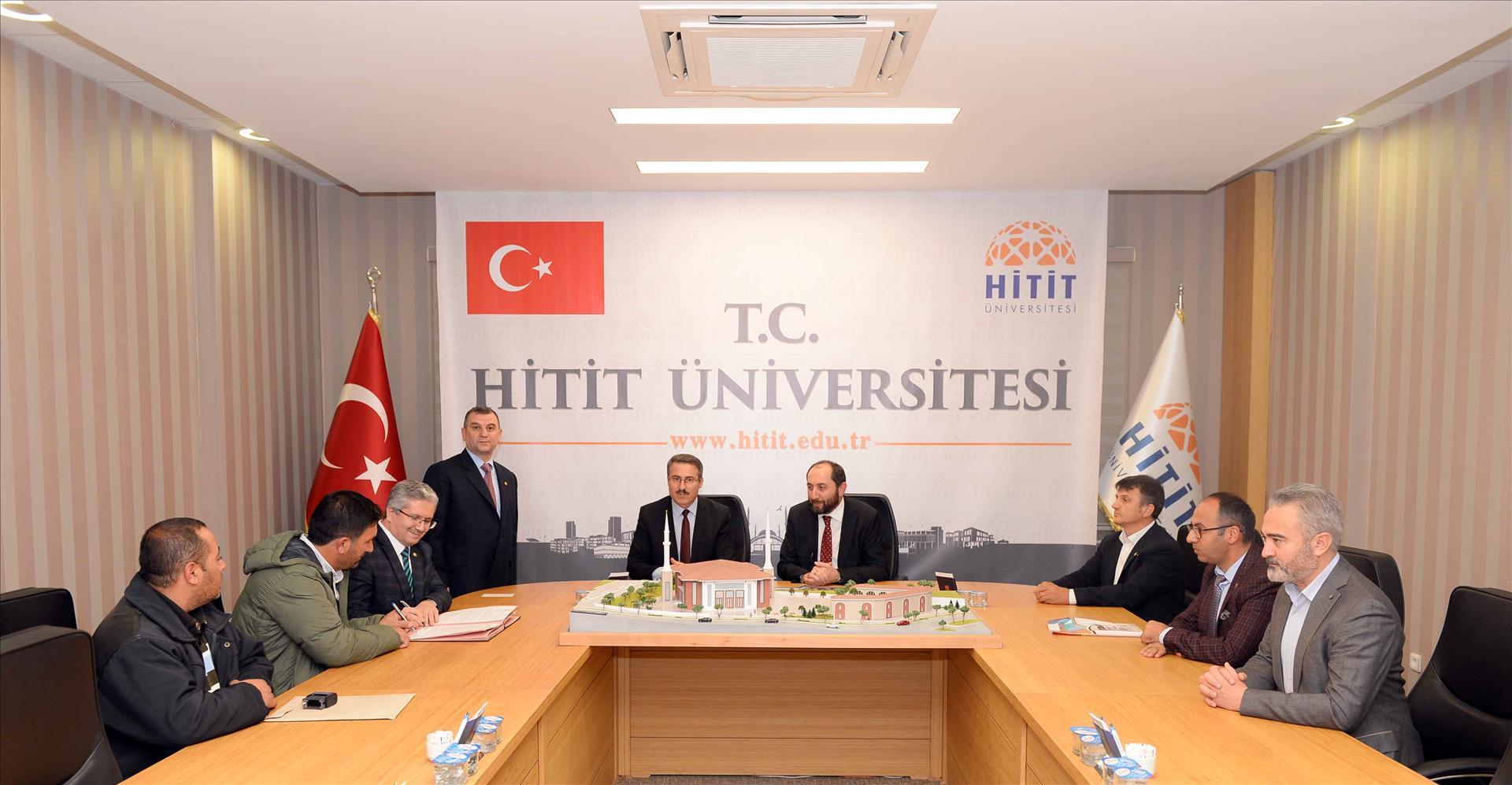 İlahiyat Fakültesi Uygulama Camiimizin İhale Sözleşmesi İmzalandı