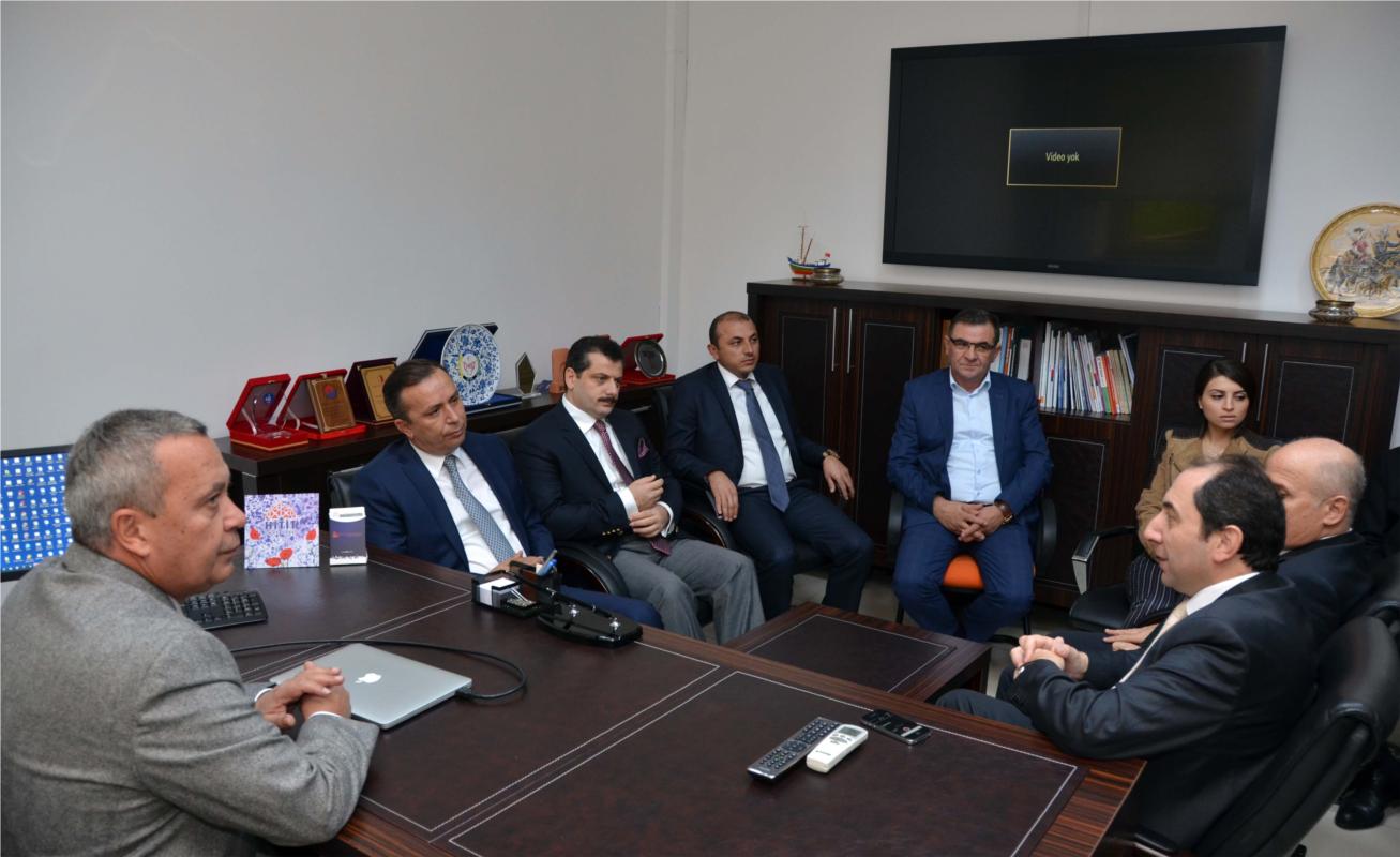 Rektörümüz AK Parti Çorum Milletvekili Adayı A. Sami Ceylan ile Birlikte Tıp Fakültemizi Ziyaret Etti