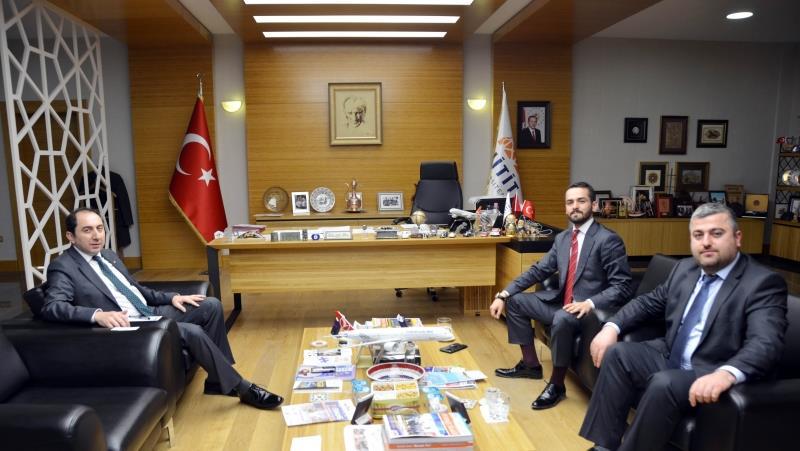 Karakaşlar Grup'tan Rektörümüze Ziyaret