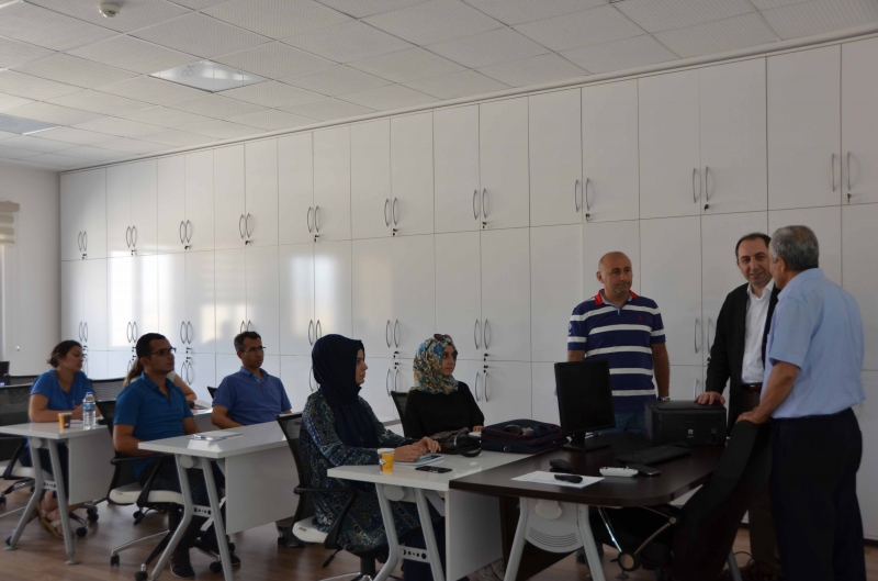 Rektörümüz Prof. Dr. Reha Metin Alkan İş Sağlığı ve Güvenliği Temel Eğitim Programını Ziyaret Etti