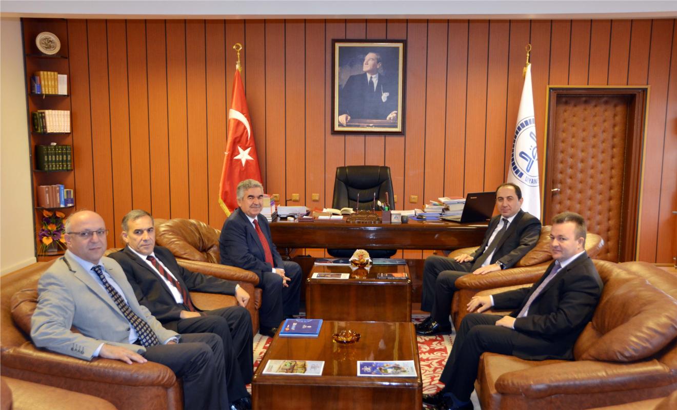Rektörümüz İl Müftüsü Dr. Ahmet Akın'ı Ziyaret Etti