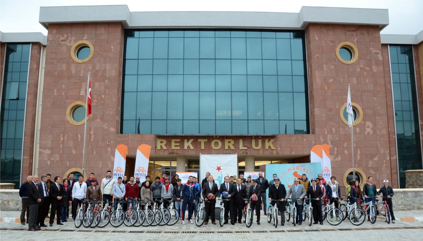 Türkiye Sağlıklı Beslenme ve Hareketli Hayat Programı Kapsamında Üniversitemize 40 Bisiklet Verildi