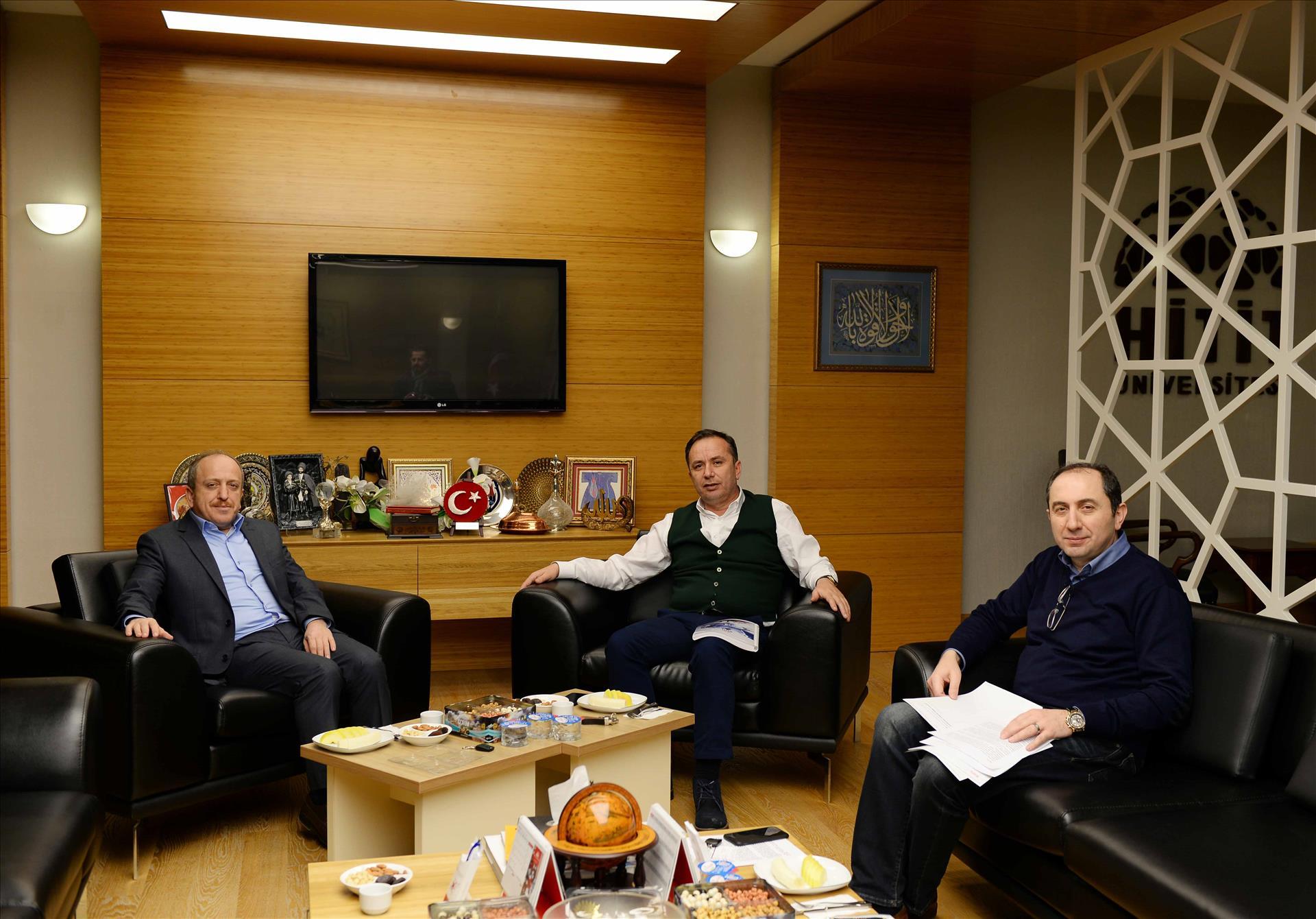 Rektörümüze Çorum Milletvekili Ceylan ve AK Parti İl Başkanı Av. Karadağ'dan Ziyaret