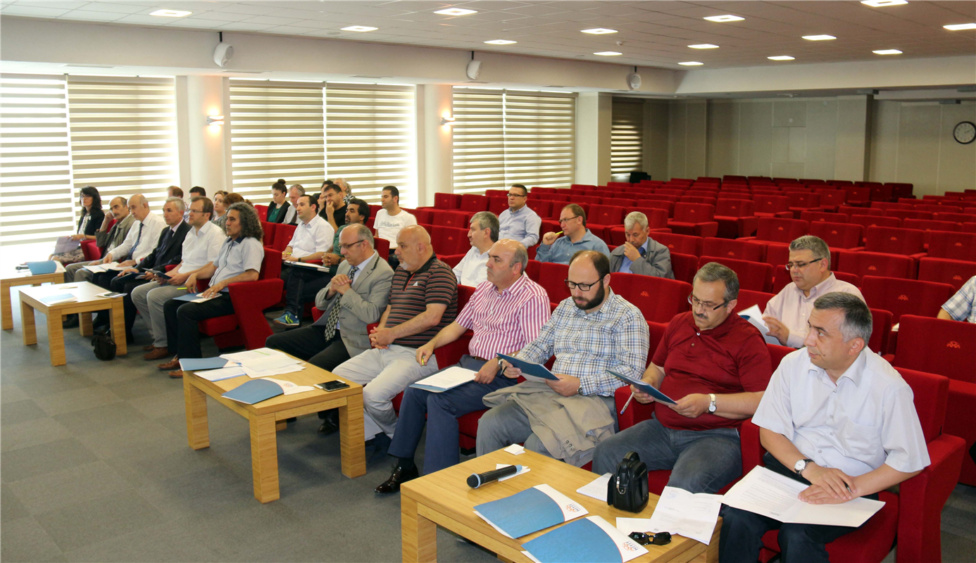 Lisansüstü Eğitim Değerlendirme Toplantısı Yapıldı