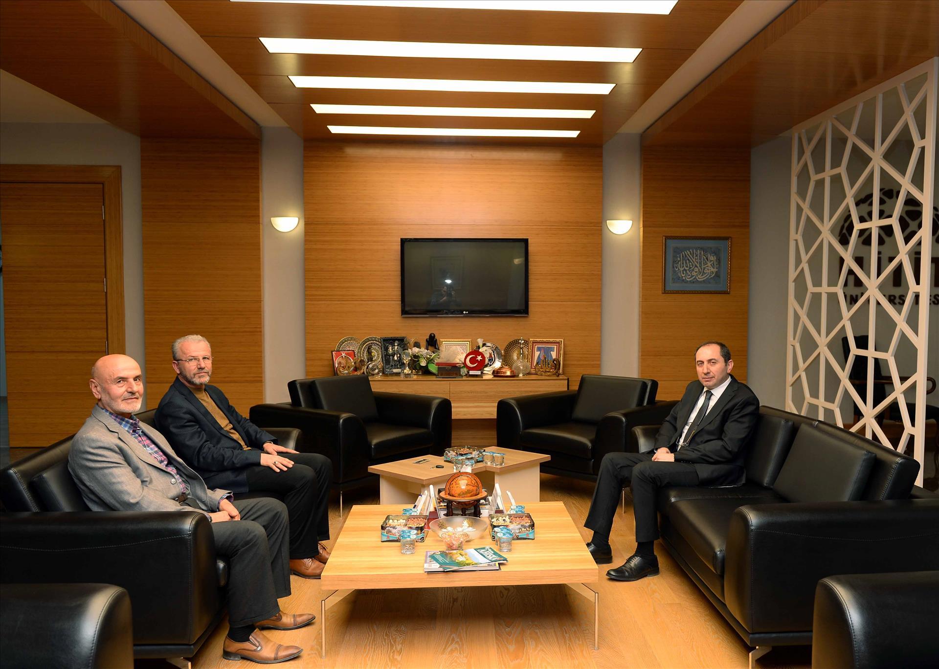 Zülfikar Gazi ve Adnan Cıdık'tan Rektörümüze Nezaket Ziyareti