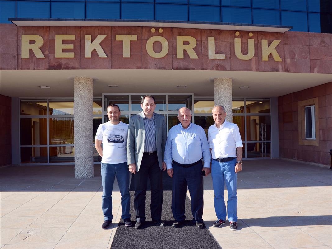 AK Parti İstanbul Milletvekili Feyzullah Kıyıklık'tan Rektörümüze Hayırlı Olsun Ziyareti