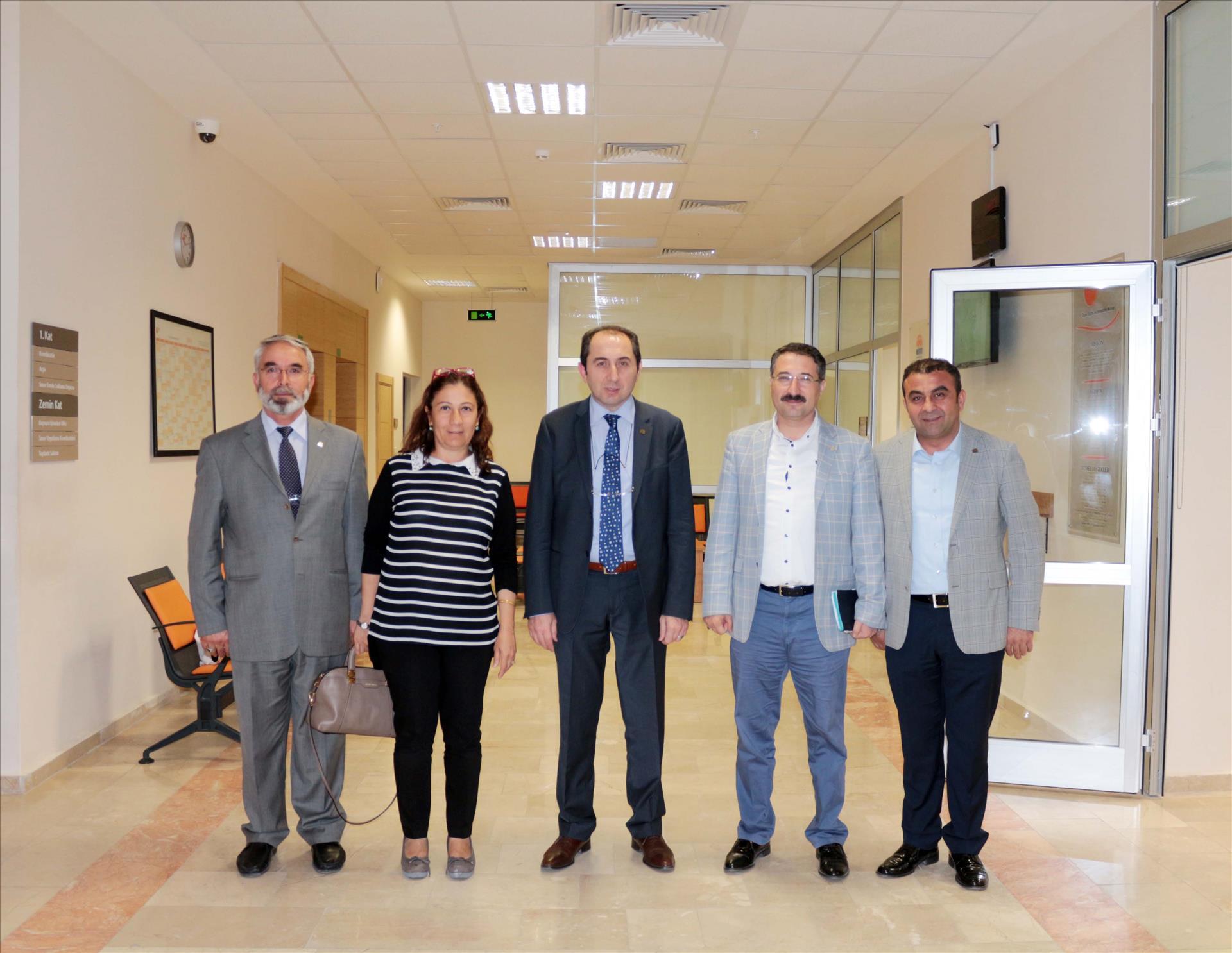 Rektörümüz, Milletvekili Ceritoğlu Kurt ve AK Parti İl Başkanı Bekiroğlu İle Birlikte Sınav Merkezimizi Ziyaret Etti