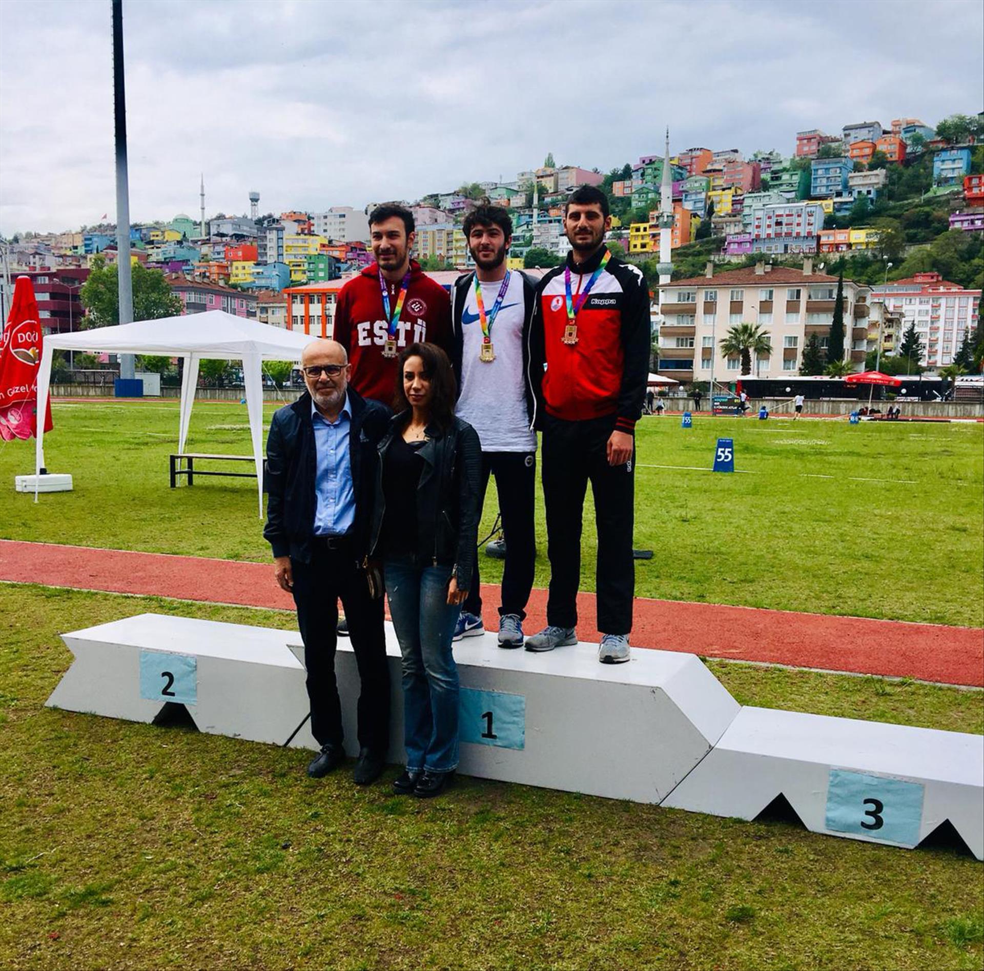 Öğrencilerimizden 16. Türkiye Koç Spor Fest Üniversite Oyunlarında Önemli Başarı