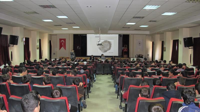 Küçük Hititologlar Teknik ve Endüstri Meslek Lisesinde