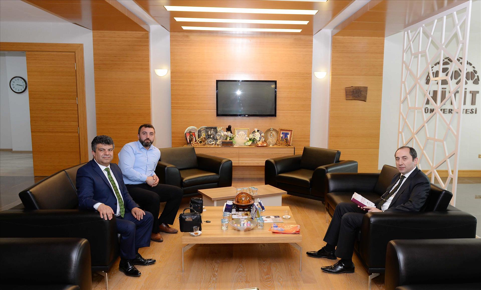 Albaraka Türk Katılım Bankası Çorum Şube Müdüründen Rektörümüze Veda Ziyareti