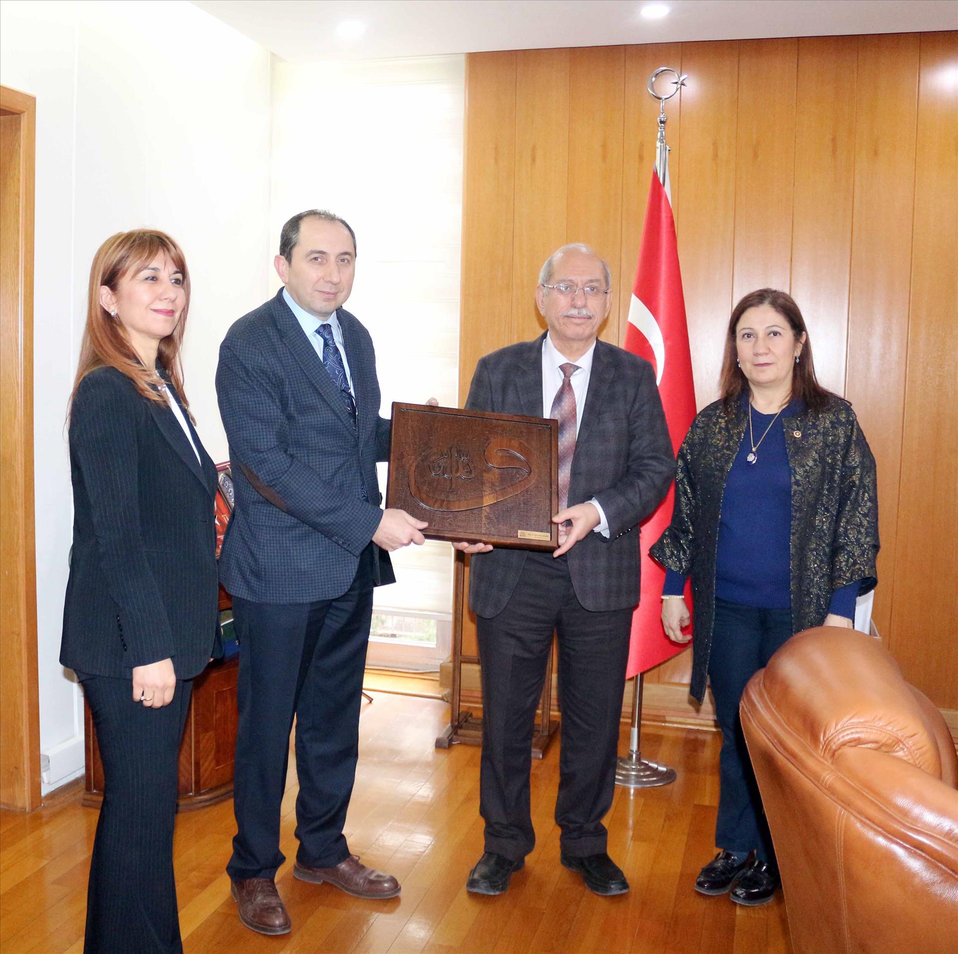 Türk Tarih Kurumu Başkanı Prof. Dr. Turan'a Ziyaret