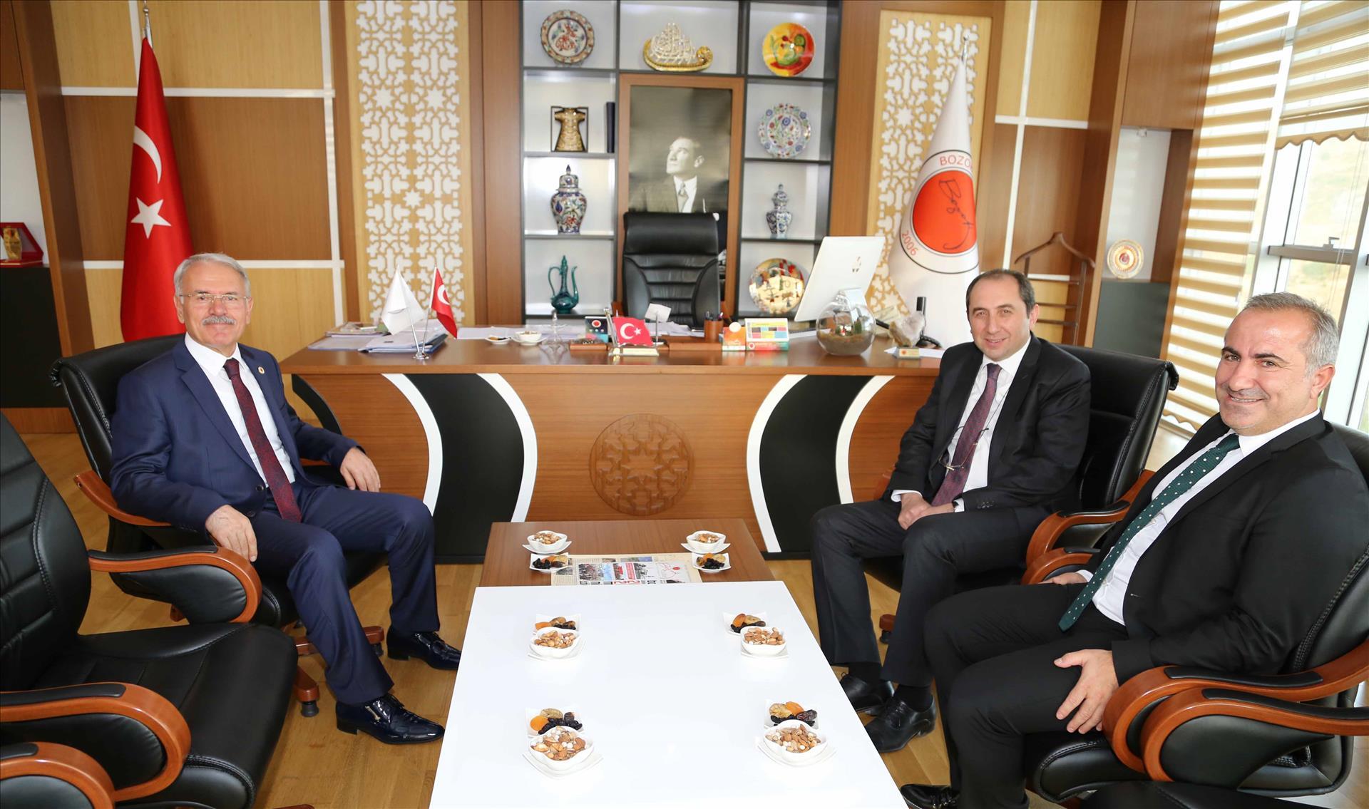Rektörümüz Bozok Üniversitesi Rektörü Prof. Dr. Karacabey'i Ziyaret Etti