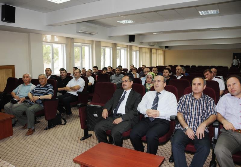 İlahiyat Fakültesi'nin Proje Tanıtımı Yapıldı