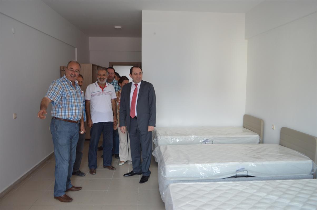 Rektörümüz, Öğrenci Yurdu'nu Ziyaret Etti