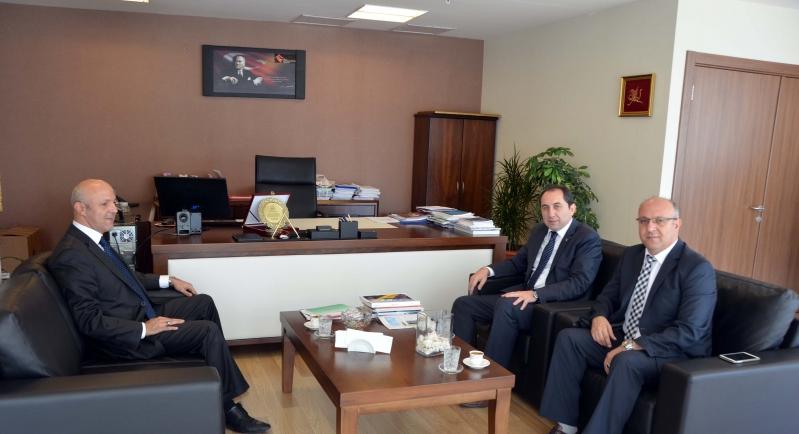 Rektörümüzden Aile ve Sosyal Politikalar Bakanlığı Strateji Geliştirme Başkanı Mahmut Evkuran'a Ziyaret