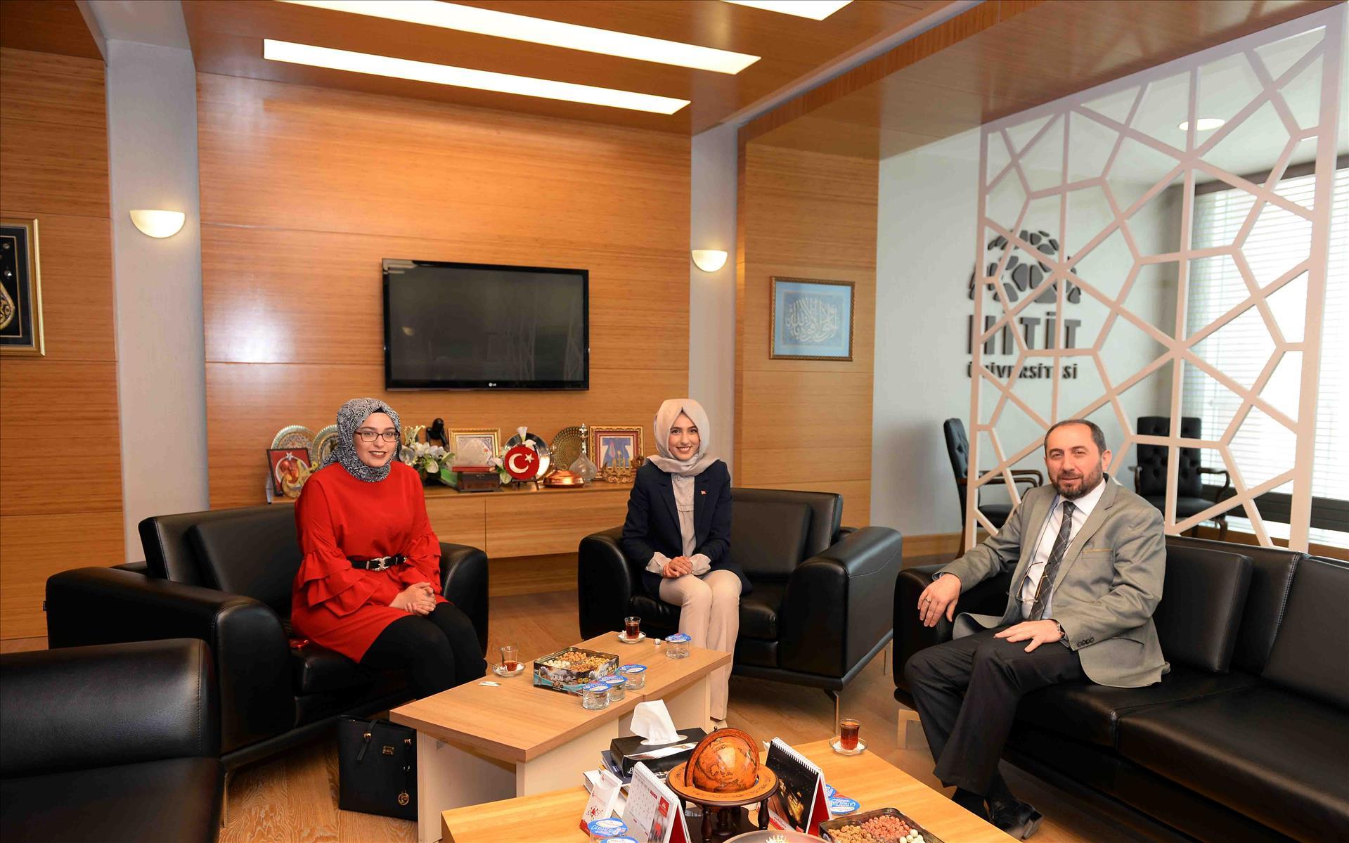 AK Parti Çorum Milletvekili Aday Adayı Öğrencimiz Rektörümüzü Ziyaret Etti