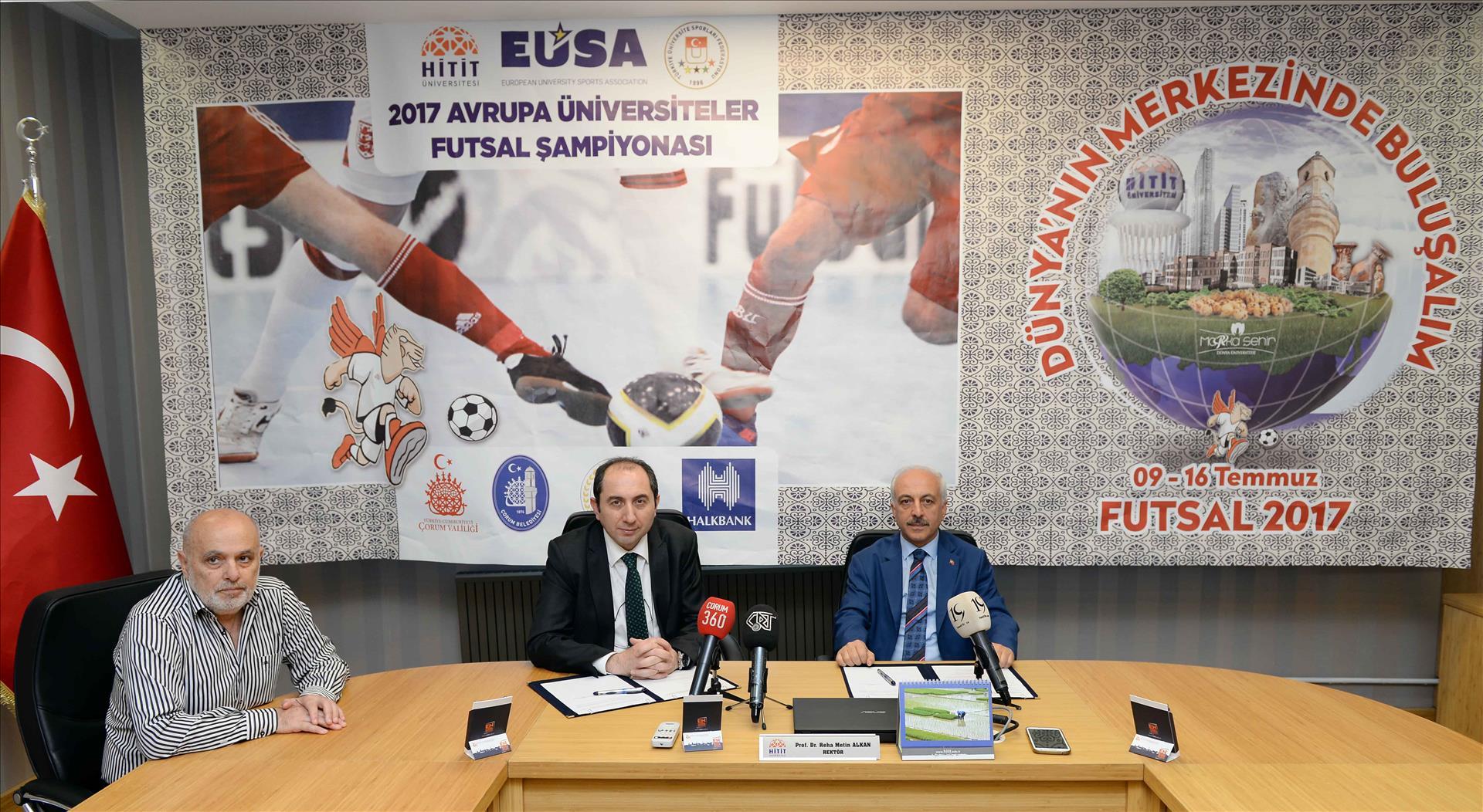 Üniversitemiz ile Çorum Belediyesi Arasında Futsal 2017'ye İlişkin İş Birliği Protokolü İmzalandı