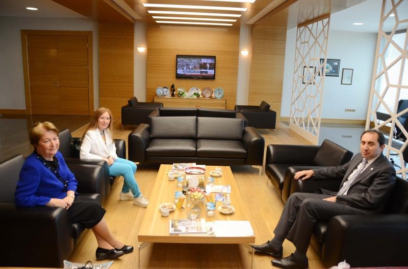 Kocaeli Üniversitesi Rektörü Prof. Dr. Sezer Ş.  Komsuoğlu Rektörümüzü Ziyaret Etti