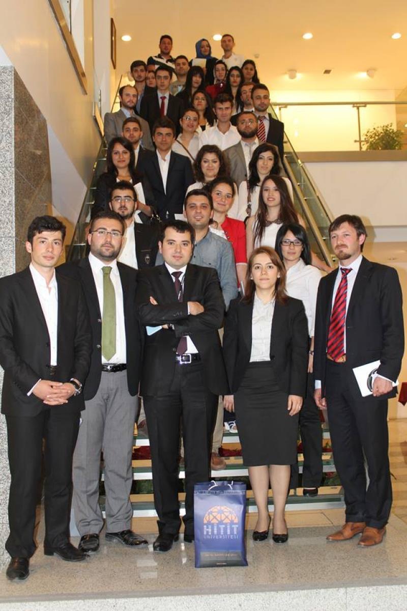 Üniversitemiz Akademik Araştırmalar Topluluğu (AKAT)'ndan Ankara ve İstanbul Gezisi