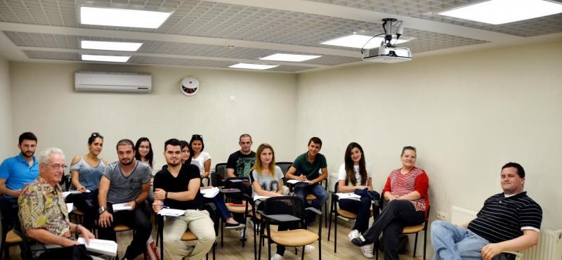 HİTİTSEM'de Erasmus+ İle Yurtdışına Gidecek Öğrencilerimize Yoğun İngilizce Eğitimi