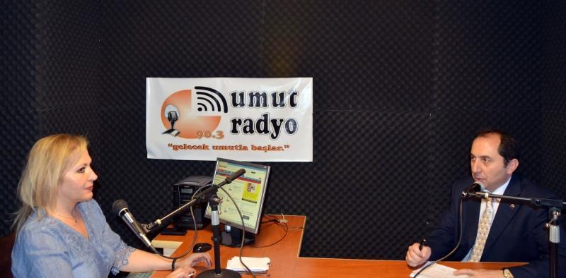 """Rektörümüz Umut Radyo'da """"Beyaz Mikrofon"""" Programına Konuk Oldu"""