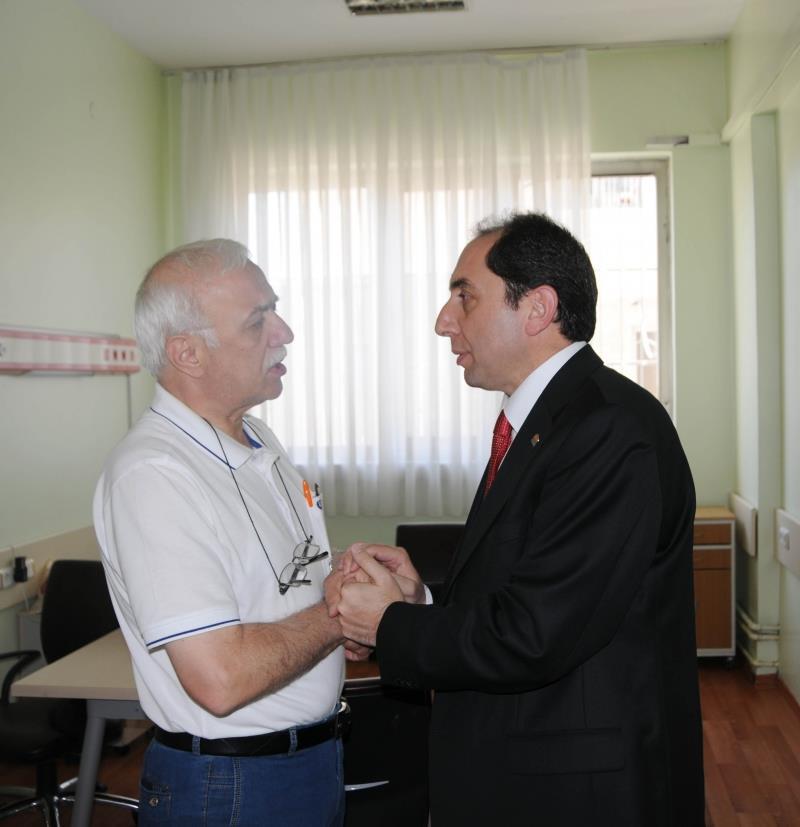Rektörümüz Dr. Ömer Sobacı'ya Geçmiş Olsun Ziyaretinde Bulundu