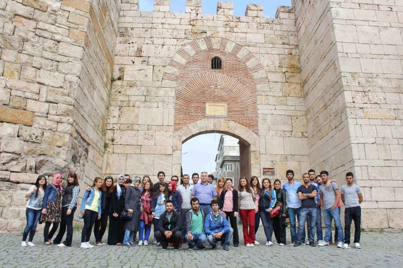 Türk Tarih ve Kültür Araştırmaları Kulübü Tarihi Mekanları Ziyaret Etti