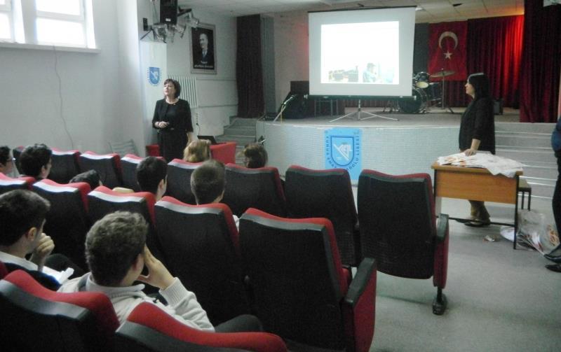 Üniversitemiz İzmir'de Tanıtıldı