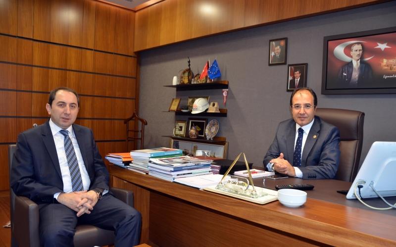 Rektörümüz Çorum Milletvekili Dr. Cahit Bağcı'yı Ziyaret Etti