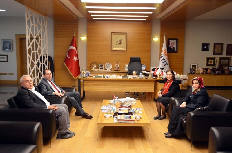 AK Parti Milletvekili Adayı Lütfiye İlksen Ceritoğlu Kurt Rektörümüzü Ziyaret Etti