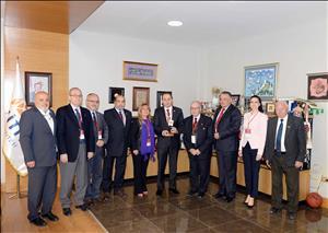 Türkiye Milli Olimpiyat Komitesi Fair Play Komisyonundan Rektörümüze Ödül