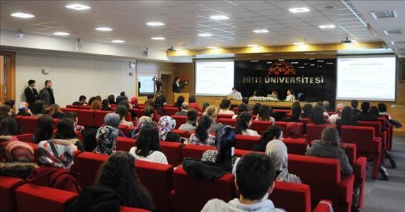 Akademik Bakış Açısıyla Cam Tavan Sendromu Paneli Düzenlendi