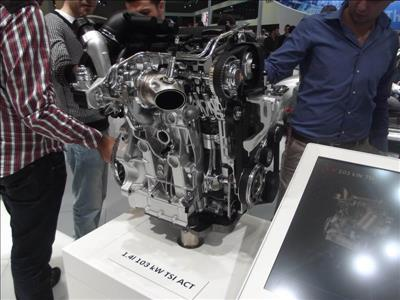 Otomotiv Teknolojisi Öğrencileri İstanbul Autoshow 2012 Fuarı'na Katıldılar