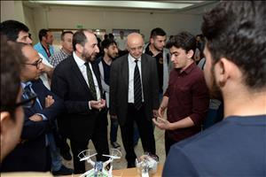 Mühendislik Fakültesi Öğrencilerimiz Projelerini Sergilediler
