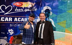 """TRT FM """"Tam Bu Saat"""" Programı Üniversitemizden Canlı Yayınla Dinleyicileriyle Buluştu"""