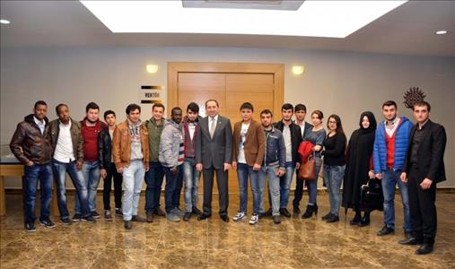 Rektörümüz Yabancı Uyruklu Öğrencilerimiz İle Bir Araya Geldi